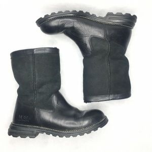 UGG Australia Riverton Black Leather Pull On Boot